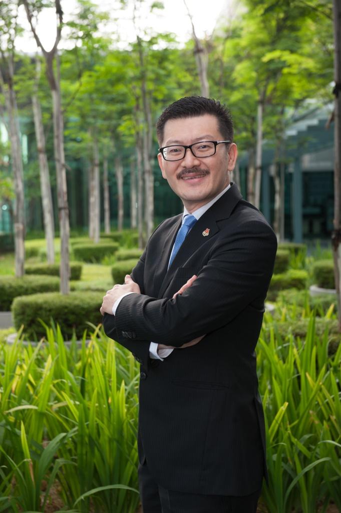 Mr Dixon Chew Chuon Jin
